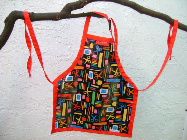 water resistant kitchen apron